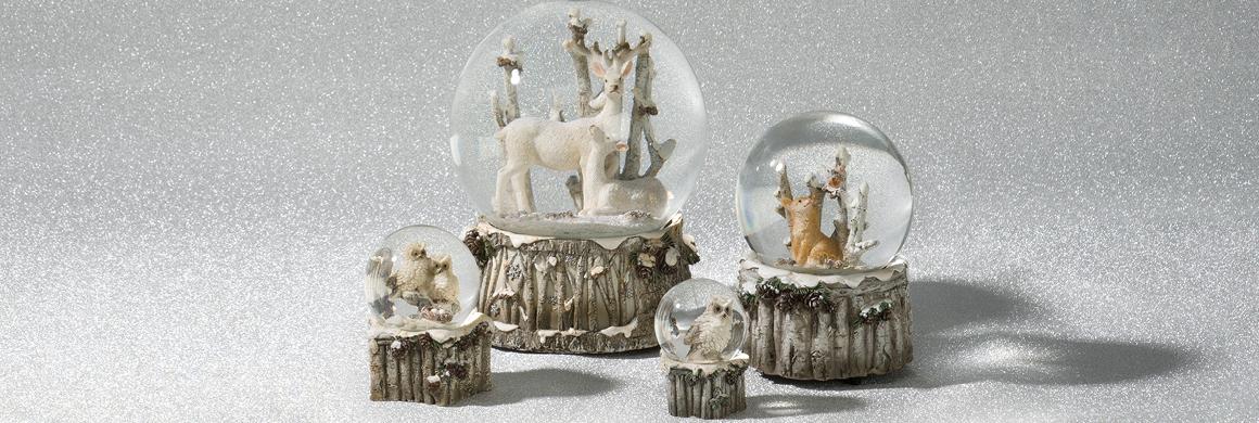 christmas-snow-globes
