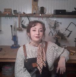 Cara Sturgess Loinnir Jewellery
