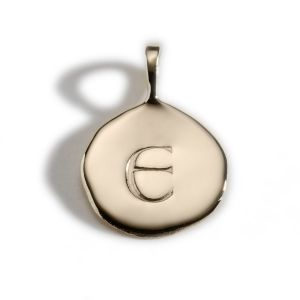 Enibas Anam Gold Initial E Charm