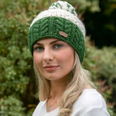 Erin Uneven Wool with Green Cable Band Hat