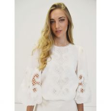 Fee G Embroidered Anglaise White Top