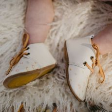 Goose & Gander White Leather Oxford Shoes