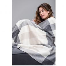 Foxford Lambswool Throw