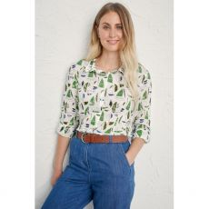 Seasalt Larissa Shirt Summer Sailboats Heath Model Close Up