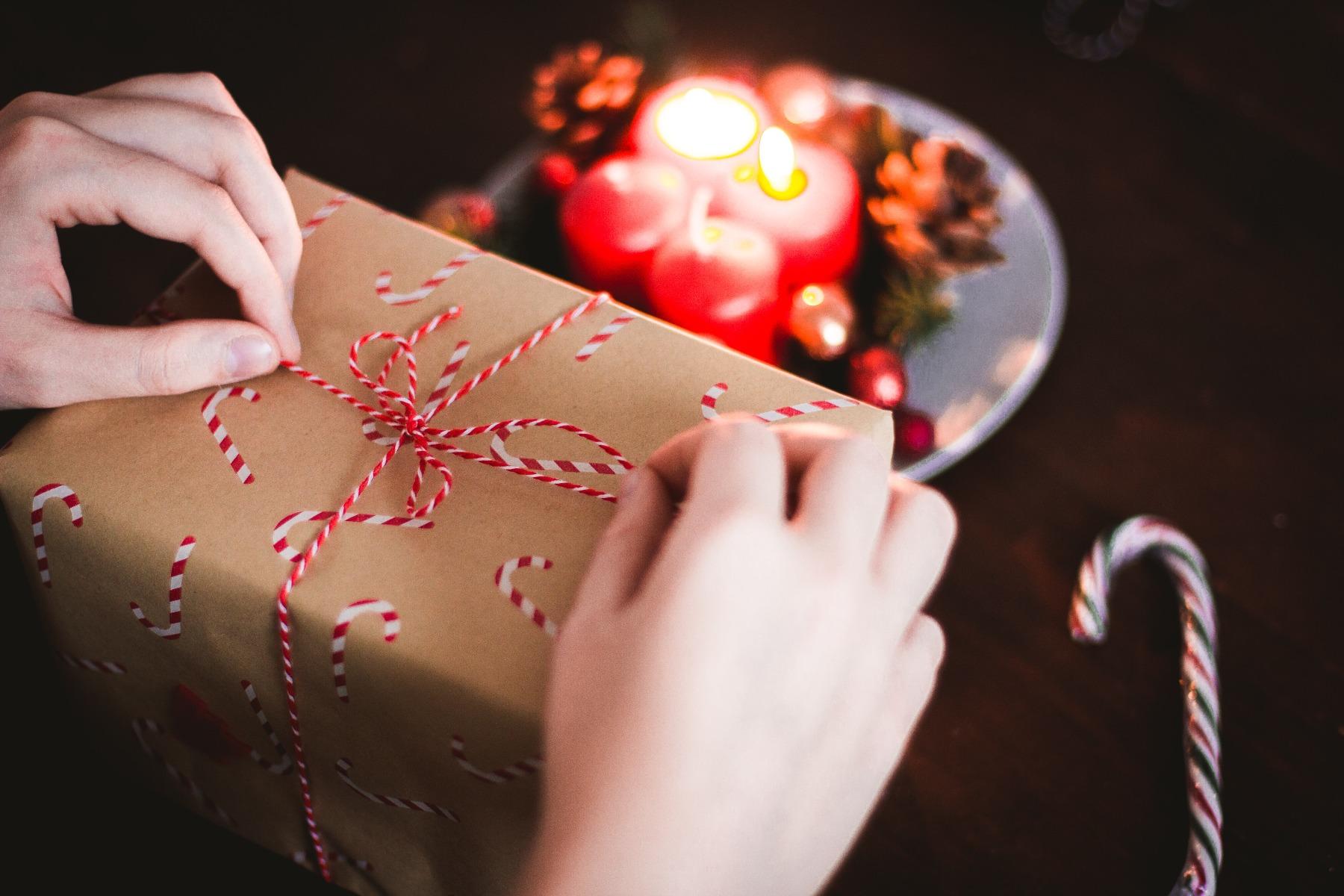Kilkenny Shop Sending Christmas Gifts To Ireland